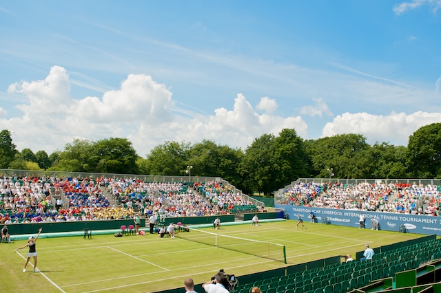 LIVERPOOL, ENGLAND - Tuesday, June 16, 2009: Laura Robson (GBR) plays an exhibition match against Eugenie Bouchard (CAN) in front of 3,000 school children during a kids days at the Tradition ICAP Liverpool International Tennis Tournament 2009 at Calderstones Park. (Pic by David Rawcliffe/Propaganda)